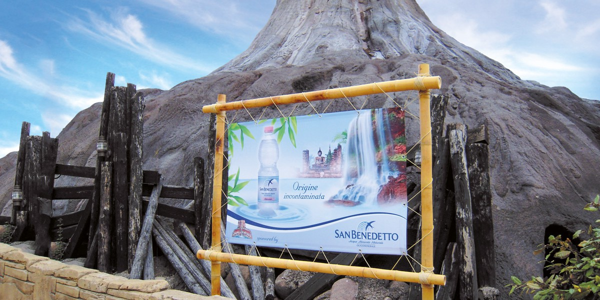 Allestimento Acqua San Benedetto_Gardaland