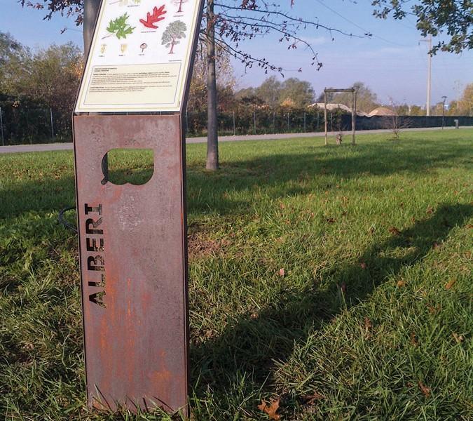 Leggio in Acciaio corten Parco San Giuliano Mestre Venezia