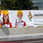 STRISCIONE-CAZZARO-COSTRUZIONI